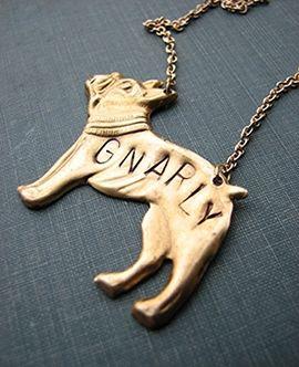 bijoux de chien libèrent le magazine