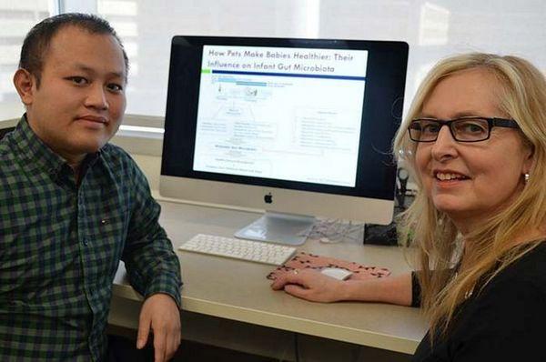 Les chercheurs Hein Min Tun et Anita Kozyrskyj - recherche sur les bactéries du chien