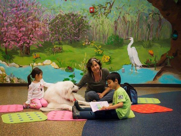 enfants-lecture-chiens
